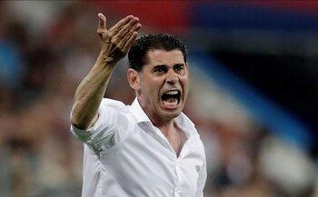 De trainer: Fernando Hierro