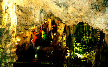 St. Michael's Cave in het Upper Rock Nature Reserve in Gibraltar