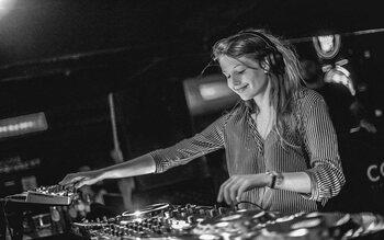 Charlotte de Witte : l'obscurité fait danser