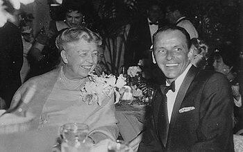 Frank Sinatra – Love... the very best of Frank Sinatra