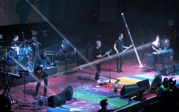 New Order : dansez jusqu'au bout de la nuit!