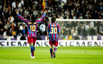 Ronaldinho en Messi rollen Albacete op