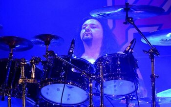 Gene Hoglan - roadie bij Slayer