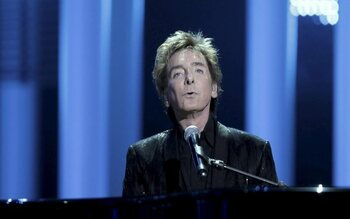 It's Just another New Year's Eve - Barry Manilow