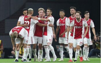 Veel lof, maar geen prijzen voor Ajax
