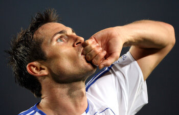 One day, one goal: listig lobje Lampard hult Camp Nou in stilte