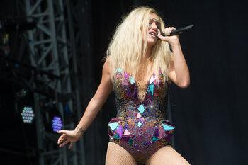 Kesha op de San Diego Pride in 2016