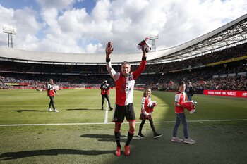 Einde bij Feyenoord, Kompany vangt bot