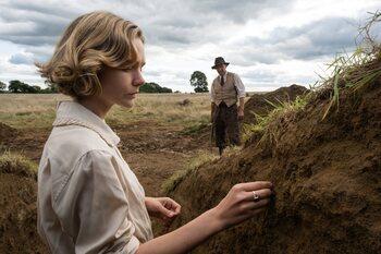 Avec 'The Dig', Netflix creuse l'une des plus célèbres découvertes archéologiques