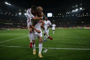 Zidane emmène les Bleus en finale