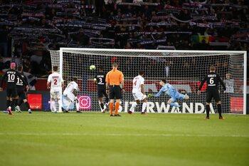 One day, one goal: de wel héél ongelukkige owngoal van pechvogel Daniel Congré tegen PSG