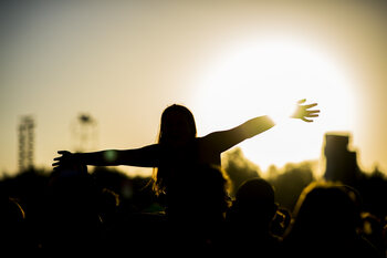 Beleef een alternatieve festivalzomer dankzij Proximus Pickx!
