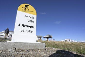 Het folieke van de Tour: de Col de la Loze, een geasfalteerd en steil geitenpad