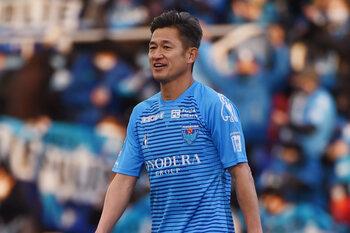 À 53 ans, Kazuyoshi Miura prolonge encore avec Yokohama FC