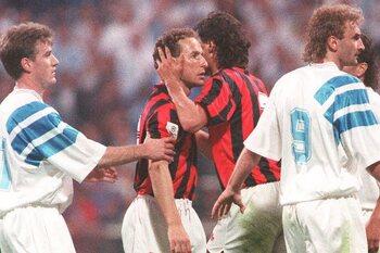 One day, one goal : Jean-Pierre Papin se la joue Van Basten en Champions League
