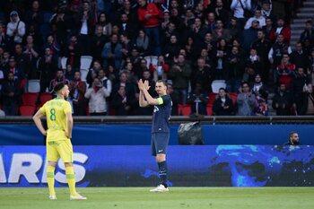 Match arrêté pour être applaudi