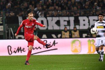 One day, one goal: Marcel Risse offre le derby à Cologne avec un coup franc exceptionnel
