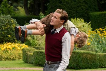 Matt Smith als Philip Mountbatten, Hertog van Edinburgh
