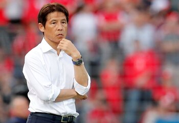 L'entraîneur: Akira Nishino