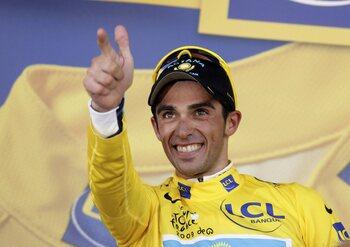 Alberto Contador en het verkeerde volsklied (X2)