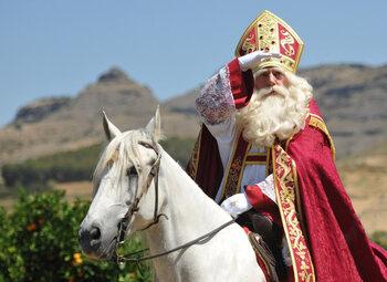 Hij komt, hij komt, de lieve goede Sint...