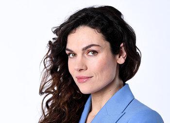 De prachtige Anna Drijver over haar rol in Undercover!