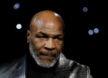 54 jaar geworden en een comeback plannen, dat kan alleen Mike Tyson