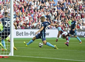One day, one goal: Payet scoort na wandeling door de Middlesbrough-verdediging