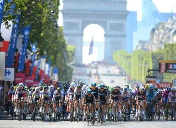 Waarom de laatste etappe van de Tour altijd eindigt in een massasprint