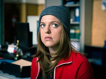 Ella Leyers als Paulien Rooze, inspecteur bij de Federale gerechtelijke politie