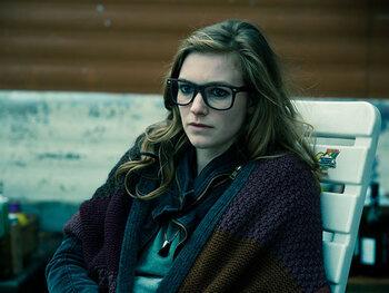 Line Pillet als Sara Devriendt, dochter van Peter en Chantal