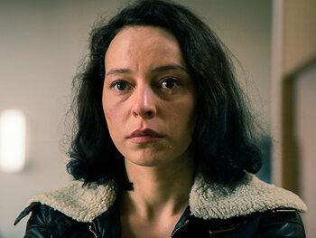 Marie Vinck als Vicky Degraeve, inspecteur bij de Federale gerechtelijke politie