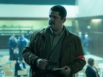 Tom Ternest als Marnix Santermans, inspecteur bij de Federale gerechtelijke politie