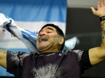 Maradona (2) vs l'Angleterre