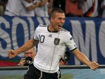 Lukas Podolski - 6 seconden