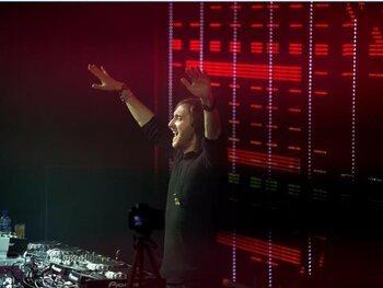 David Guetta (25 millions de dollars)