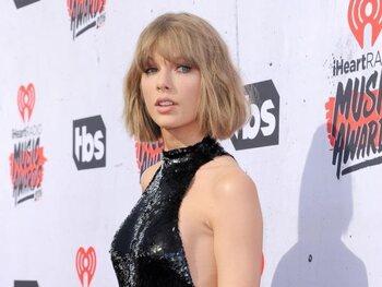 Shake It 0ff van Taylor Swift – 2,44 miljard keer bekeken