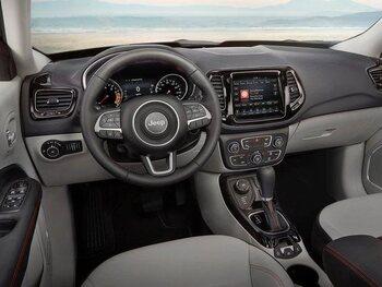 Jeep Compass : l'intérieur