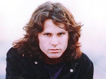 Jim Morrison leeft nog en er ligt een ander lichaam in zijn graf