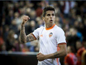 João Cancelo (van Valencia CF naar Juventus Turijn)