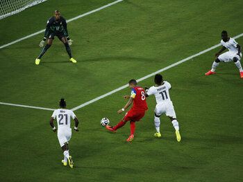 One day, one goal: Dempsey marque après seulement 29 secondes au Mondial 2014