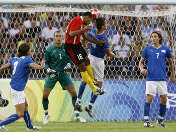 Dembélé slalomt Italië uit de Spelen