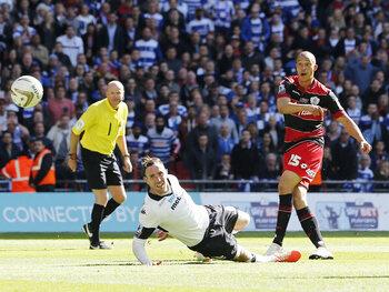 One day, one goal : Zamora envoie QPR en Premier League lors d'une finale de barrage sensationnelle