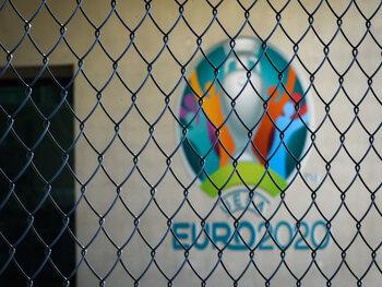 La route vers l'EURO 2020 se transforme en route vers l'EURO 2021
