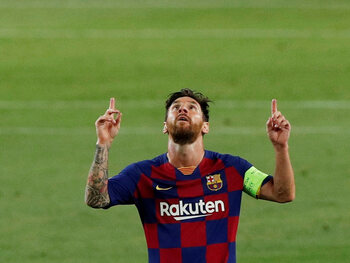 Florerende Lionel Messi mag met Barcelona naar laatste 8 in Champions League