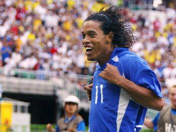 One day, one goal: l'ingénieux coup franc de Ronaldinho qui élimine l'Angleterre