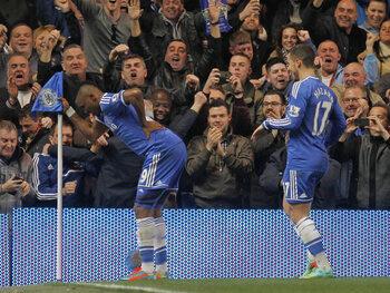 Les célébrations mythiques: Samuel Eto'o se moque de José Mourinho