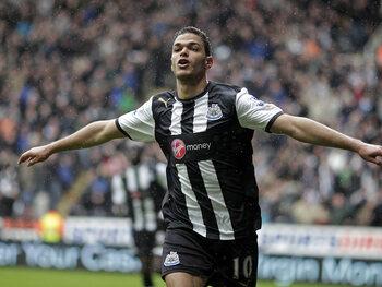 One day, one goal: Ben Arfa se balade dans la défense de Bolton