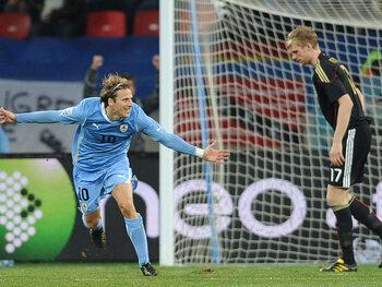 One day, one goal: Diego Forlán boucle en beauté son Mondial 2010