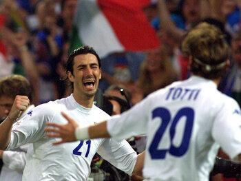 Delvecchio met l'Italie aux commandes